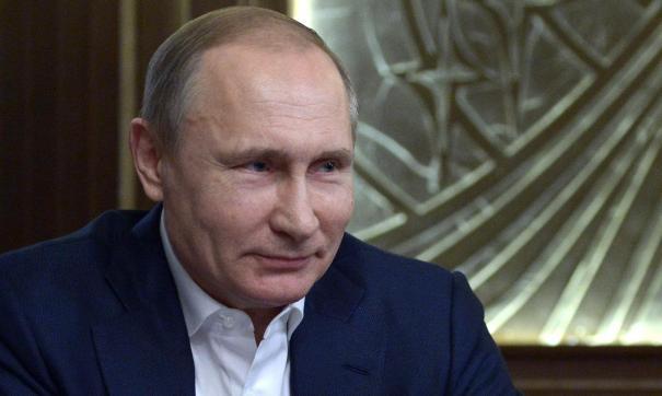 Путин выразил благодарность военным врачам за борьбу с коронавирусом