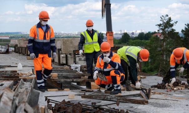 Реконструкцию старейшего участка ЕКАДа планируют завершить через 2 года