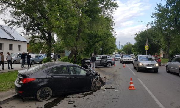 В Екатеринбурге в результате ДТП пострадал 6-летний ребенок