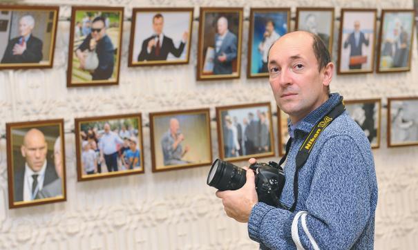 Сотрудники фотостудии АПЗ поделились воспоминания к Дню фотографа