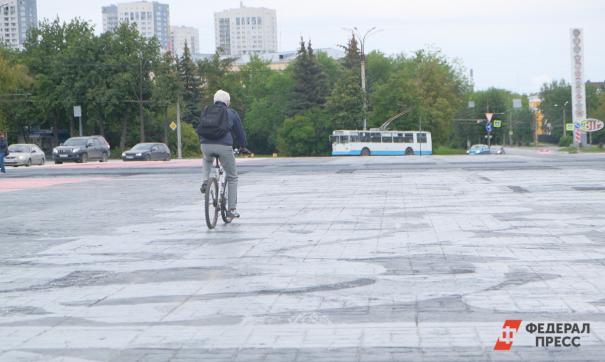 В Екатеринбурге к сентябрю переделают главный сквер Уралмаша