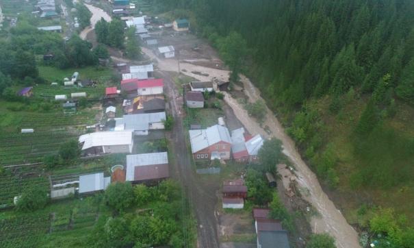 Свердловский губернатор Евгений Куйвашев оценил масштабы разрушения Нижних Серег
