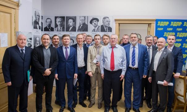 Жириновский считает, что выбирать нового руководителя края будут из числа представителей его партии.