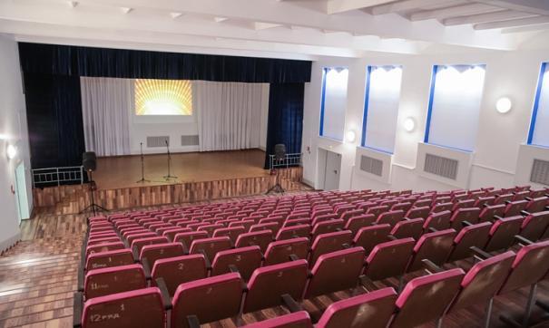 В Приморском краевом Театре молодежи поставили спектакль-читку «Это шторм»