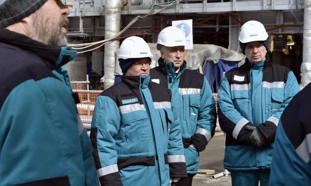 Одним из активно развивающихся производств является завод «ЗапСибНефтехим»