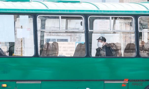 По словам очевидцев, транспорт пытался развернуться