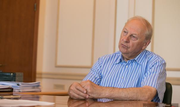 Экс-губернатор Свердловской области Эдуард Россель принял участие в голосовании по поправкам в Конституцию