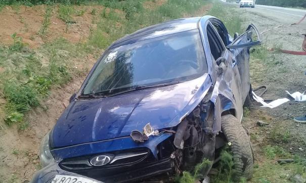 На Урале молодой водитель без прав перевернулся с шестью пассажирами