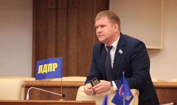 Свердловский депутат ЛДПР подозревается в убийстве по неосторожности
