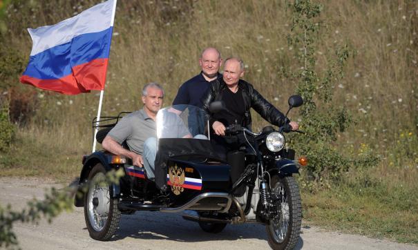 Путин, Развожаев и Аксенов