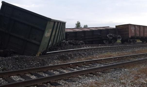 В Коми сошли с рельсов одиннадцать вагонов с углем