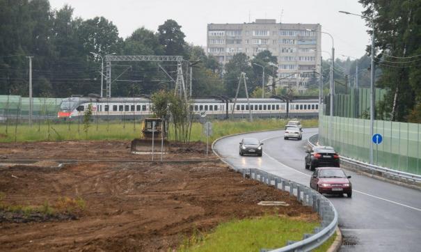 Строительство моста не прекращалось даже во время пандемии коронавируса