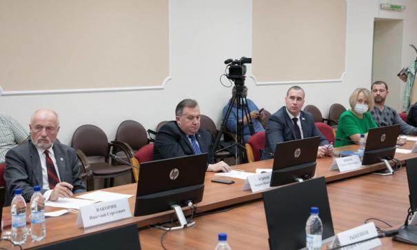 В Архангельской области двое кандидатов в губернаторы не смогли пройти муниципальный фильтр