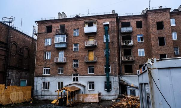 В Екатеринбурге разбирают дом у Свердловской филармонии