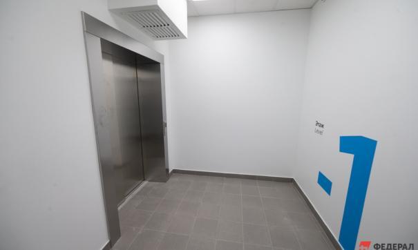 Екатеринбургские больницы оснащают новыми лифтами