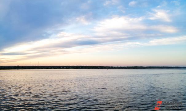 В Новосибирске обмелела река