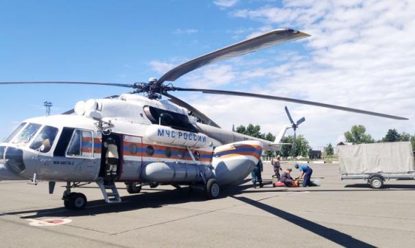 В Туве спасатели вылетели на вертолете на поиски пропавших пассажиров катамарана