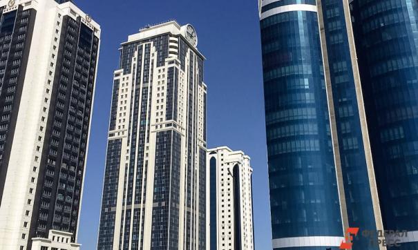 Крупный пожар охватил небоскреб и рынок ОАЭ