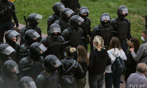 Караев обещал разобраться с полицейским насилием