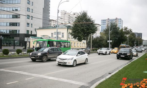 Югра планирует реализовать нацпроект по ремонту дорог в 2023 году