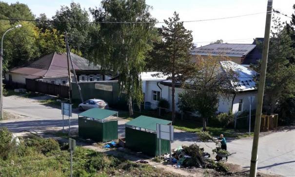 В Тюменской области баки для ТКО регулярно захламляют