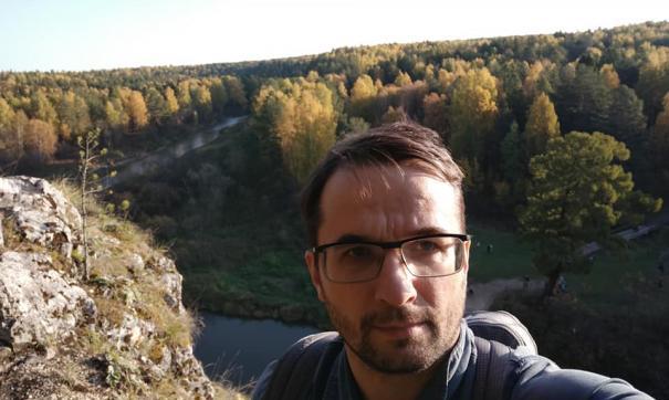 В «Оленьих ручьях» екатеринбургскому общественнику упал на голову камень