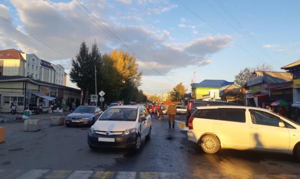 В центре Кызыла столкнулись шесть машин