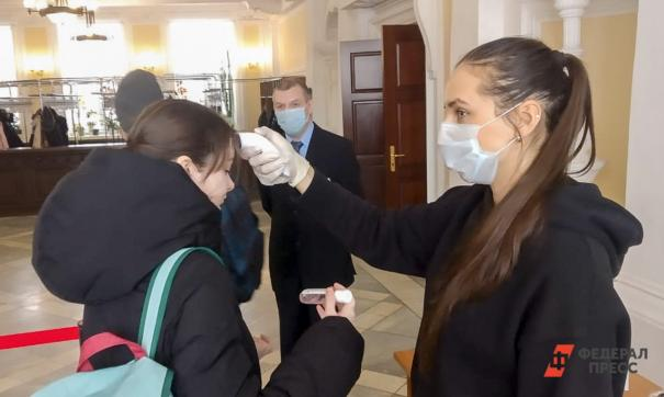 В томских школах выявили случаи коронавируса