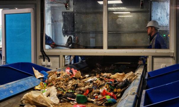 Задача - сортировать более 40 процентов отходов.