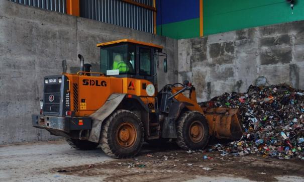 До принятия новой схемы обращения с ТКО сбор мусора от населения не был организован