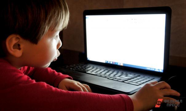 В Югре родители просят перевести школы на дистанционное обучение