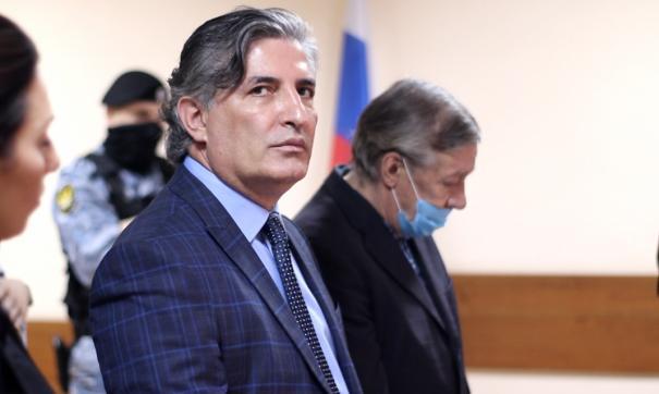 Эльман Пашаев попал в больницу