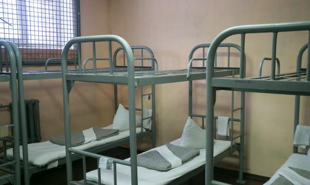 У заключенных наблюдают похожие симптомы, которые проявляются коронавирусе