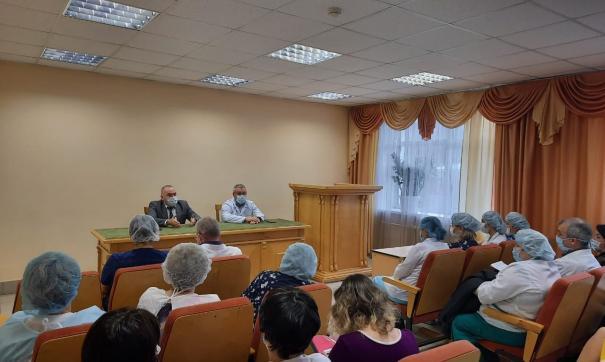 В свердловском минздраве опровергли массовое увольнение в екатеринбургской ГБ№1