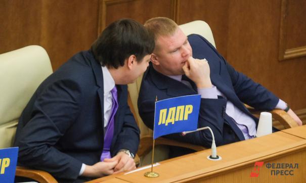 В Серове на месяц отложили суд об убийстве с депутатом Коркиным