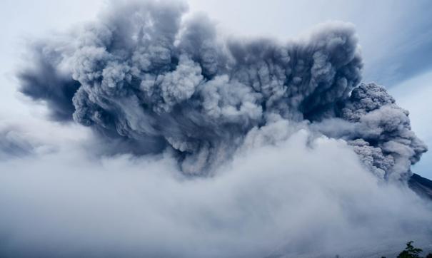 На Камчатке произошло извержение вулкана и пеплопад
