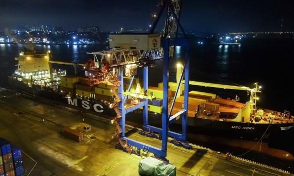 Руководство Владивостокского порта заподозрили в растрате