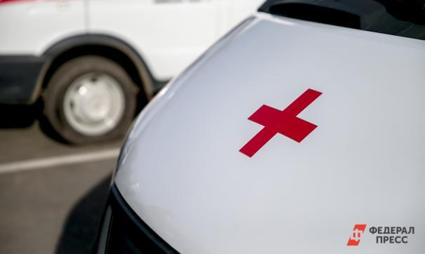 В Омске скорые привезли больных к минздраву после отказов больниц в их госпитализации