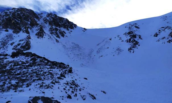 В Горном Алтае нашли тела двух пропавших при сходе лавины работников комитета по охране животного мира