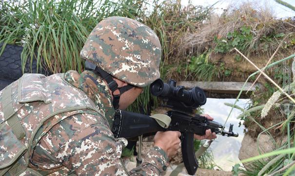 В Армении заявили об ожесточенных боях на линии соприкосновения
