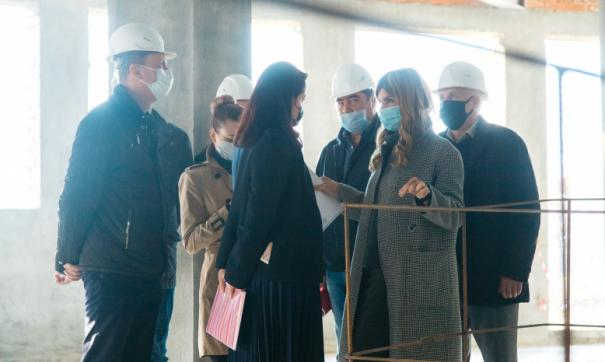 Мэр Липецка проверила ход строительства полилингвальной школы