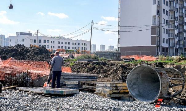 Игорь Кобзев посетил место будущего учебного корпуса