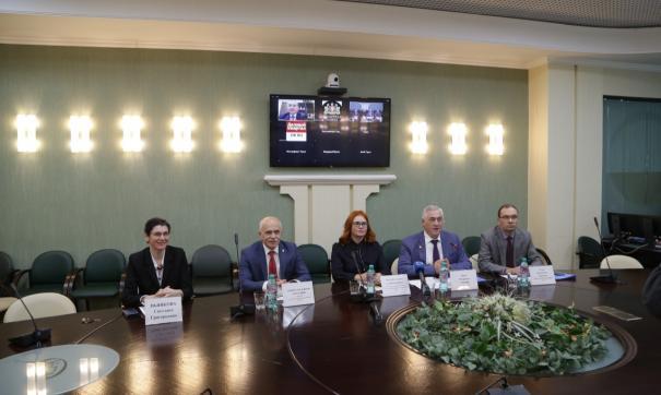 Неоиндустриальное развитие России обсудили эксперты II Уральского экономического форума
