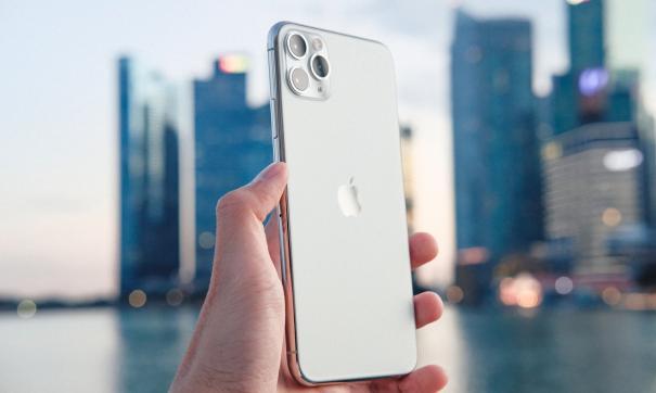 Смартфон будет оснащен флэш-памятью объемом 1 ТБ