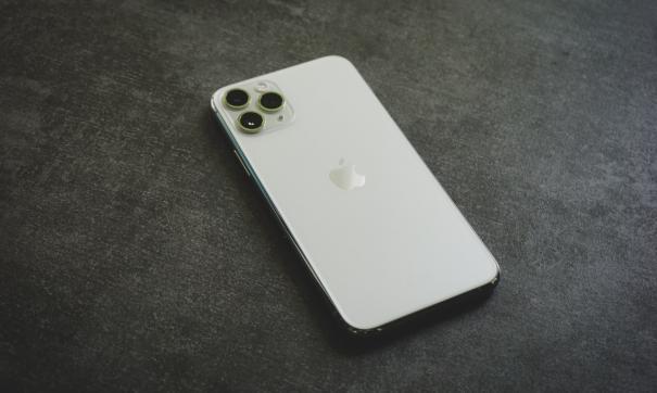 Продажи iPhone 12 и iPhone 12 Pro начнутся в России 23 октября
