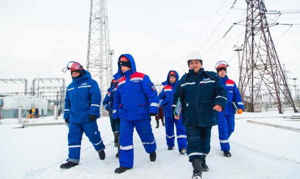 Работу тысячи энергетиков во время урагана в Зауралье отметили наградами