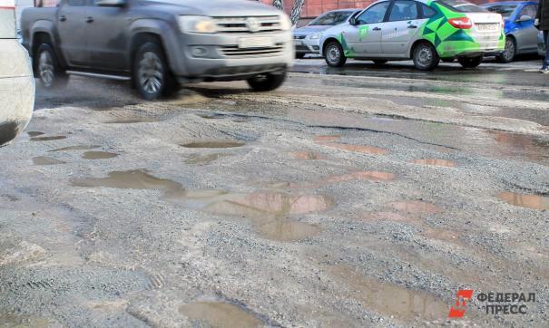 Жители Авиационной улицы много лет ждут, что им отремонтируют дорогу