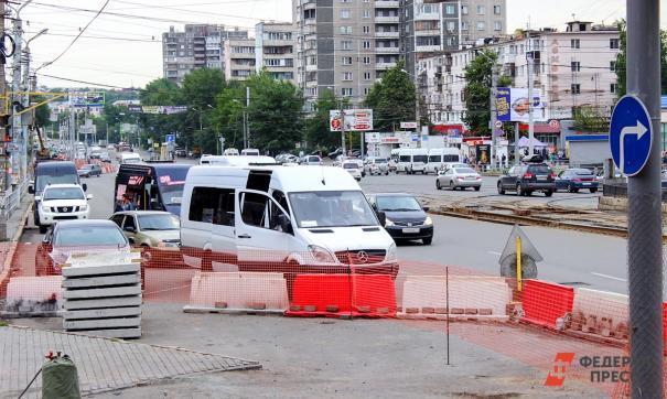 Водители маршрутных такси в Челябинске отказались выходить в рейс