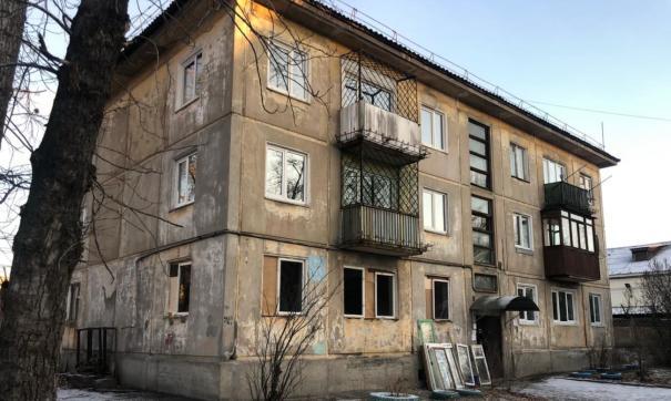 Трехэтажный панельный дом был возведен в 1959 году