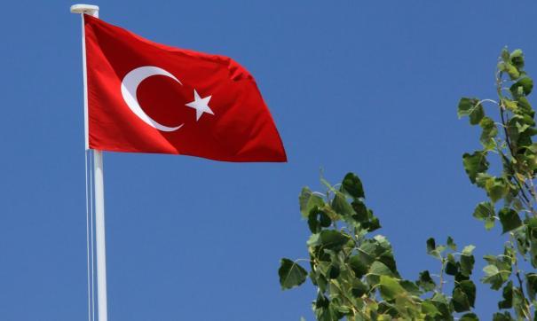 Глава МИД Турции прибыл в Азербайджан